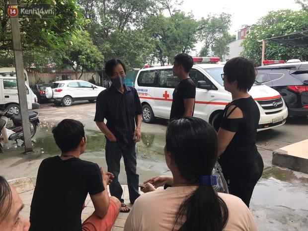 Vụ cháu bé 15 tháng tuổi tử vong sau va chạm ở Hà Nội: Từ khi xảy ra chuyện đau lòng, ông nội bé cứ đi lang thang suốt đêm như người mất hồn - Ảnh 5.