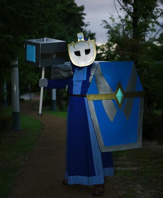 LMHT: Một mình một kiểu, game thủ hết cosplay thành trụ, lính đến hóa thân thành Cua Kỳ Cục - Ảnh 6.