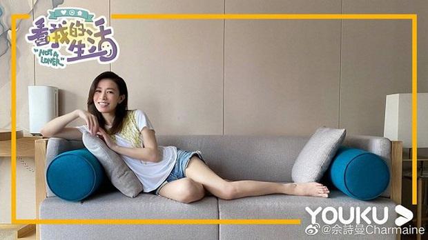 Xa Thi Mạn mới khoe ảnh tập yoga ở nhà mà dân tình đã nháo nhào vào hỏi bí quyết giữ dáng - Ảnh 2.