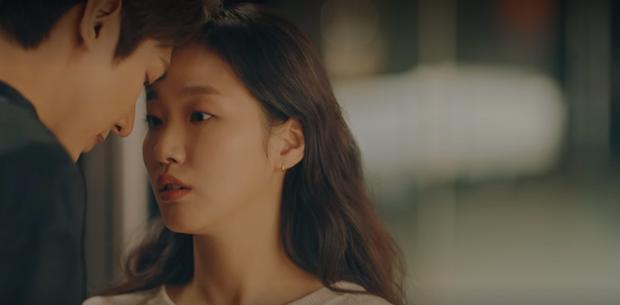 4 pha thả thính rớt liêm sỉ của Kim phân Lee Min Ho ở tập 6 Quân Vương Bất Diệt: Nếu ngủ lại thì cũng ngủ ở giường của ta chứ - Ảnh 7.