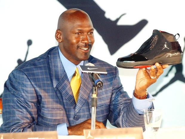 Michael Jordan và câu chuyện khó tin khi từ chối một hợp đồng quảng cáo trị giá lên tới 100 triệu USD, lý do đưa ra khiến nhiều người bất ngờ - Ảnh 3.