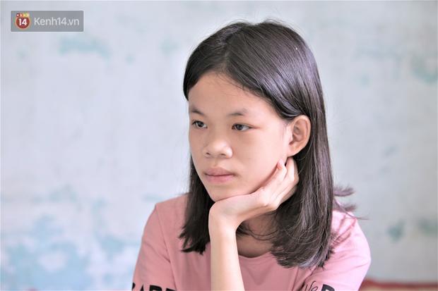 Người thân kể về Thanh Nga Bento: Cô bé thiểu năng trí tuệ đam mê làm Youtuber, mẹ ngày nào cũng cuốc bộ đưa đón con gái đi học - Ảnh 6.
