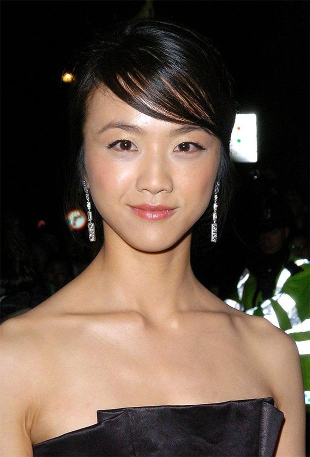 Netizen choáng váng trước khả năng phù phép của stylist Hàn Quốc, biến 2 sao Cbiz từ thường thường thành đỉnh cao nhan sắc - Ảnh 2.