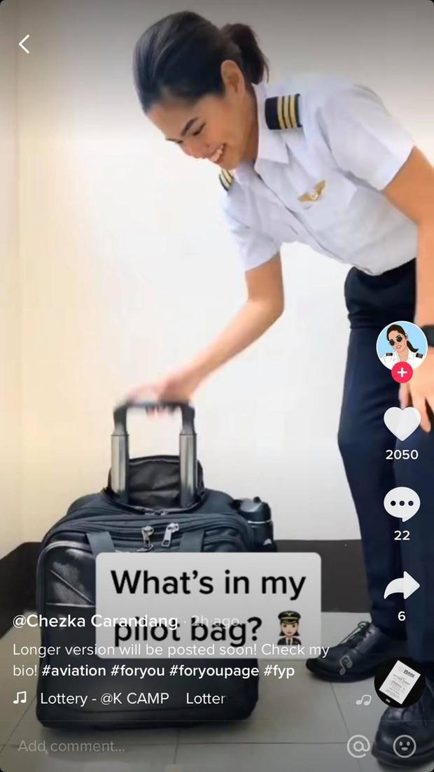 Cứ hay thắc mắc phi công lúc nào cũng kéo theo chiếc vali to đùng siêu ngầu dù chuyến bay là ngắn hay dài và bí mật đã được một nữ phi công bật mí tất tần tật - Ảnh 1.