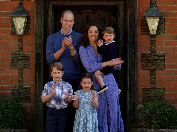 Hôm nay Công chúa Charlotte tròn 5 tuổi, xuất hiện trong bộ ảnh độc đáo và ý nghĩa chưa từng thấy - Ảnh 3.