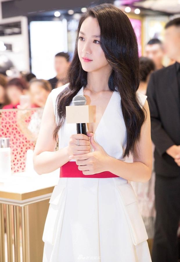 Netizen choáng váng trước khả năng phù phép của stylist Hàn Quốc, biến 2 sao Cbiz từ thường thường thành đỉnh cao nhan sắc - Ảnh 7.