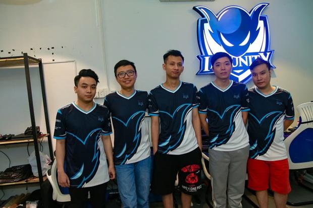 Nhiều tổ chức Esports nước ngoài đang xưng bá tại Việt Nam, Team Flash là anh cả - Ảnh 6.