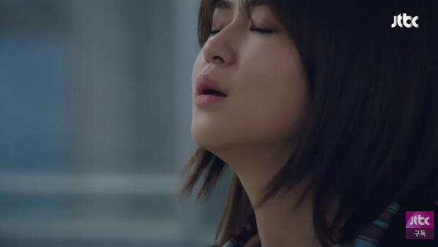Thế Giới Hôn Nhân tập 12 bẻ lái cực gắt: Tae Oh lên giường với vợ cũ, chuyện quái gì xảy ra vậy? - Ảnh 3.