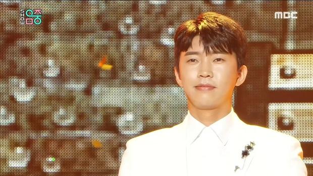 Những giọng ca êm ái nhất Kpop: Thành viên BTS dẫn đầu dù không phải main vocal, TWICE lọt top thuyết phục nhưng bất ngờ ở 1 cái tên lạ hoắc - Ảnh 22.