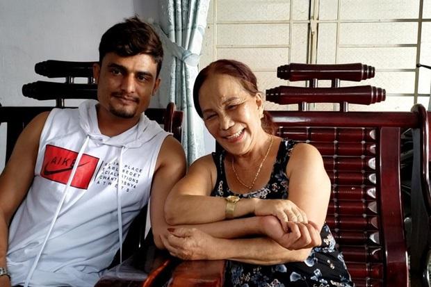 Vợ chồng cô dâu 63 tuổi ở Cao Bằng hội ngộ cặp đôi vợ 65, chồng ngoại quốc 24 tuổi tại Đồng Nai - Ảnh 2.