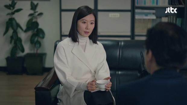 Netizen giờ này vẫn còn soi ra 5 lỗ hổng ở Thế Giới Hôn Nhân: Sun Woo cứ bị đánh là nhà lại cách âm, tiểu tam ốm nghén nhưng mẹ chẳng hề biết - Ảnh 2.
