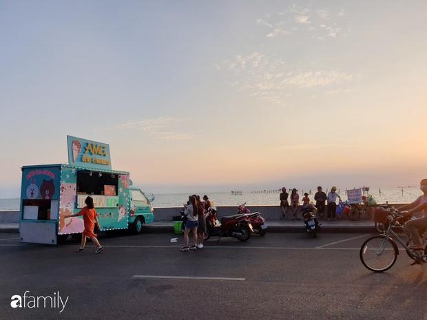 Chùm ảnh: Đẹp ngỡ ngàng con đường Lollipop đủ màu sắc đang hot nhất Vũng Tàu, có thể đi liền cho nóng vào cuối tuần - Ảnh 3.