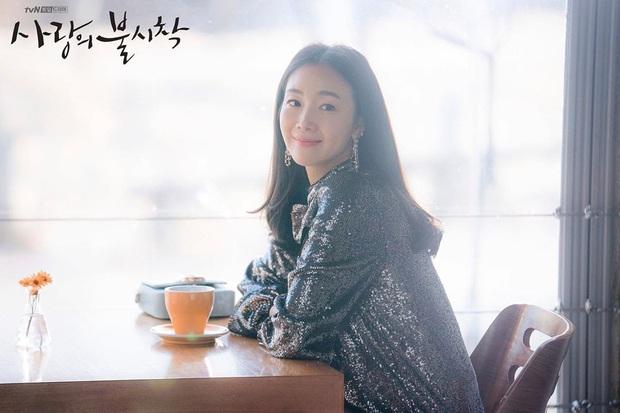 Choi Ji Woo ở tuổi 44 và mang thai vẫn thon thả, nước da trắng hồng, thì ra bí quyết là đây - Ảnh 1.