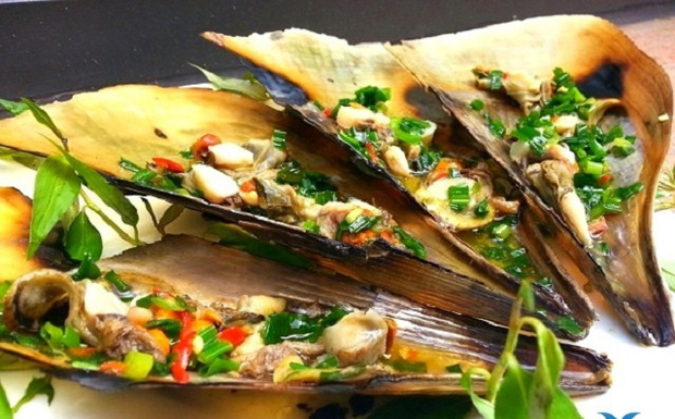 Những món hải sản ở Việt Nam tưởng quen thuộc lại được sách kỷ lục vinh danh, có loại mới nhìn thôi đã thấy rùng mình không dám ăn - Ảnh 11.