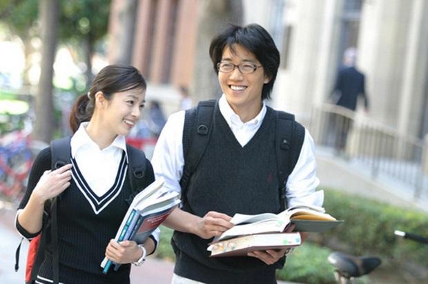 7 khoảnh khắc sáng tạo nữ thần của mỹ nhân màn ảnh Hàn: Song Hye Kyo vụt sáng nhờ mái thưa huyền thoại - Ảnh 15.