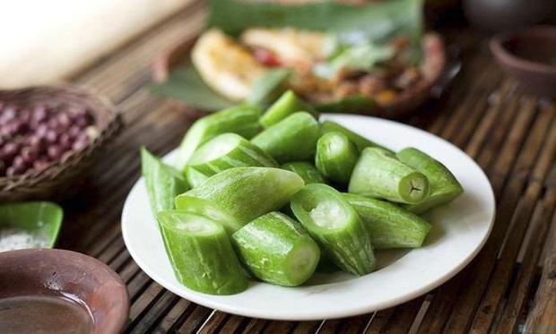 Loại rau củ chấm muối vừng siêu ngon mà HH Lương Thùy Linh cực thích trong mùa hè: luộc ăn vừa giải nhiệt, vừa đẹp da đẹp dáng - Ảnh 3.