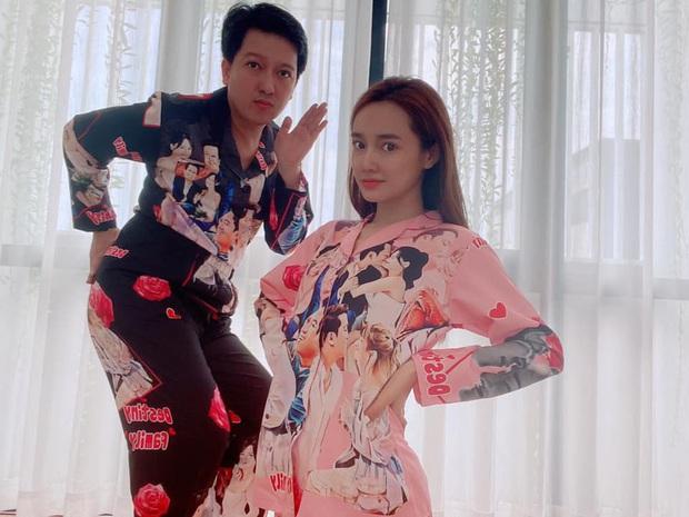 Có vợ lầy lội thấy mà tức: Nhã Phương in hình hai vợ chồng lên áo ngủ, xin phép dùng app chỉnh ảnh vì lỗi của Trường Giang - Ảnh 3.