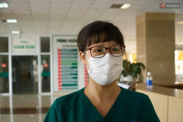 """Bệnh nhân Covid-19 ở Mê Linh khỏi bệnh: """"Từ khi vào đây đã 1 tháng rồi, ai cũng được về nhà, còn mỗi mình tôi nằm đến tận trưa hôm qua vẫn khóc"""" - Ảnh 4."""