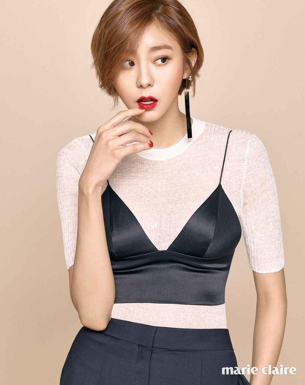 11 màn giảm cân thay đổi cả cuộc đời diễn viên Hàn: Song Hye Kyo - Suzy lột xác, sốc nhất bạn trai Sooyoung và tài tử 120kg - Ảnh 24.