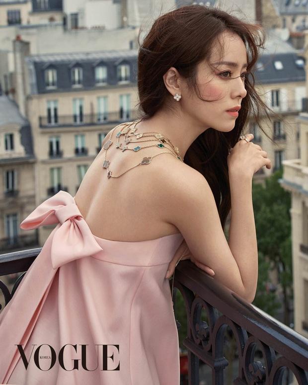 BXH nhan sắc mới gây xôn xao: Tình tin đồn của Hyun Bin vượt mặt Song Hye Kyo, tranh cãi vị trí của dàn nữ thần - Ảnh 5.