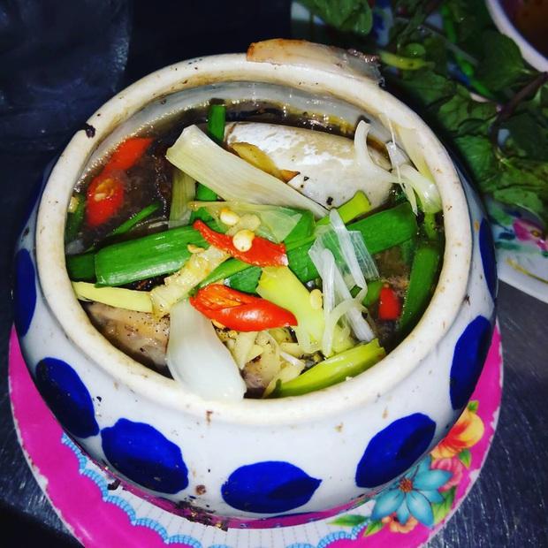 Những món hải sản ở Việt Nam tưởng quen thuộc lại được sách kỷ lục vinh danh, có loại mới nhìn thôi đã thấy rùng mình không dám ăn - Ảnh 5.