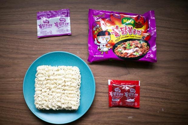 Review tường tận 9 loại mỳ cay Hàn Quốc giúp bạn lựa chọn đúng khẩu vị mà mình thích - Ảnh 14.
