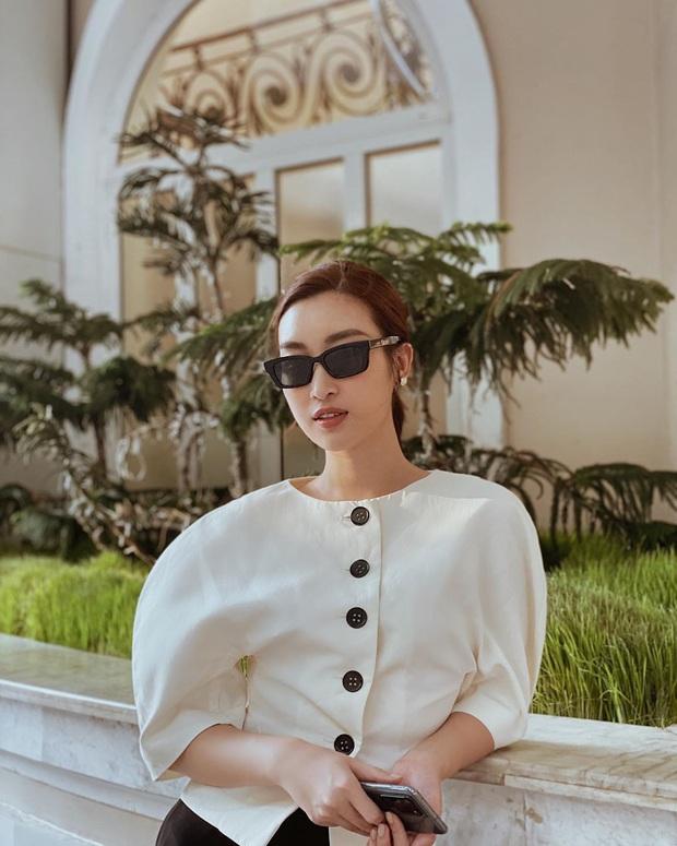 Ngắm ảnh OOTD của sao Việt là biết ngay 5 kiểu váy áo đáng sắm nhất Hè này, diện lên vừa xinh lại vừa sang - Ảnh 13.