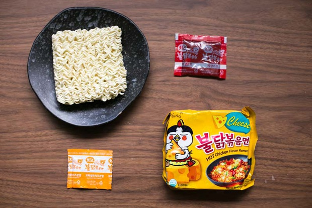 Review tường tận 9 loại mỳ cay Hàn Quốc giúp bạn lựa chọn đúng khẩu vị mà mình thích - Ảnh 16.