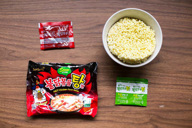Review tường tận 9 loại mỳ cay Hàn Quốc giúp bạn lựa chọn đúng khẩu vị mà mình thích - Ảnh 18.