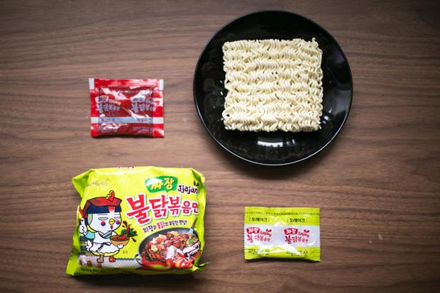 Review tường tận 9 loại mỳ cay Hàn Quốc giúp bạn lựa chọn đúng khẩu vị mà mình thích - Ảnh 5.