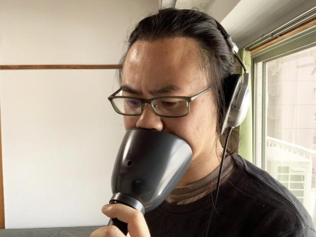 Chu đáo như người Nhật Bản: Sáng chế bộ công cụ hát karaoke một mình khó đỡ để tránh làm phiền hàng xóm - Ảnh 7.