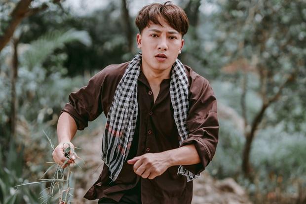 Châu Khải Phong bất ngờ nhập viện vì gặp chấn thương, ngã lệch đĩa đệm lưng khi đang quay MV - Ảnh 5.