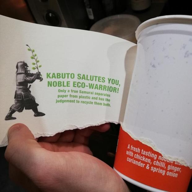 Dân mạng thế giới chia sẻ những thông điệp bí mật ẩn chứa trong các sản phẩm ăn uống đóng hộp: Chỉ những ai tinh ý mới nhận ra - Ảnh 1.