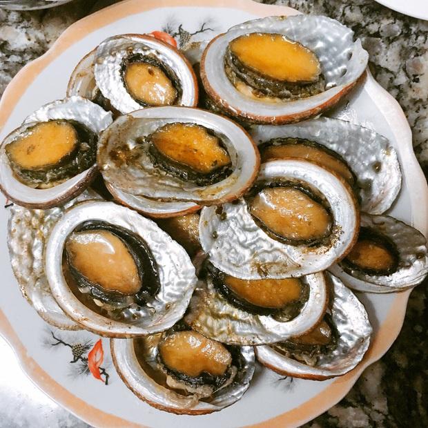 Những món hải sản ở Việt Nam tưởng quen thuộc lại được sách kỷ lục vinh danh, có loại mới nhìn thôi đã thấy rùng mình không dám ăn - Ảnh 2.