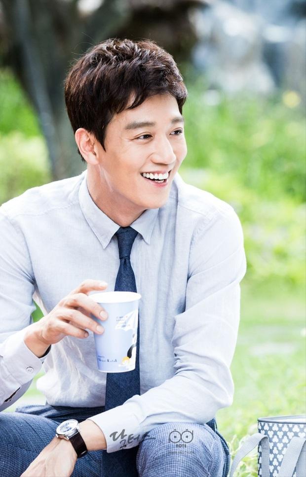 11 màn giảm cân thay đổi cả cuộc đời diễn viên Hàn: Song Hye Kyo - Suzy lột xác, sốc nhất bạn trai Sooyoung và tài tử 120kg - Ảnh 22.