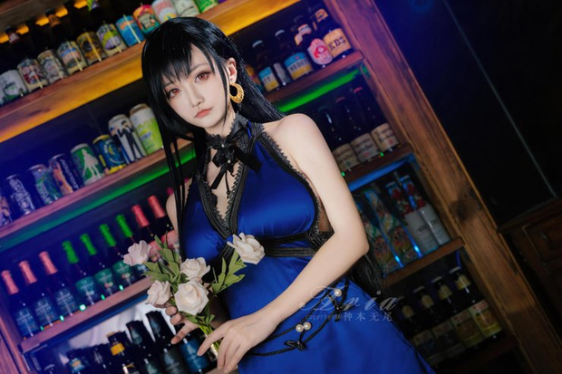 Chiêm ngưỡng bộ ảnh cosplay Tifa phong cách quý cô quầy rượu, nhìn sương sương cũng đủ say men - Ảnh 9.