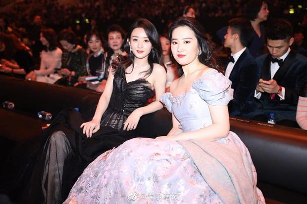 Những nàng công chúa Cbiz chung khung hình: Angela Baby - Nhiệt Ba chấp cả dàn mỹ nhân, Lưu Diệc Phi khiến fan ngã ngửa - Ảnh 3.