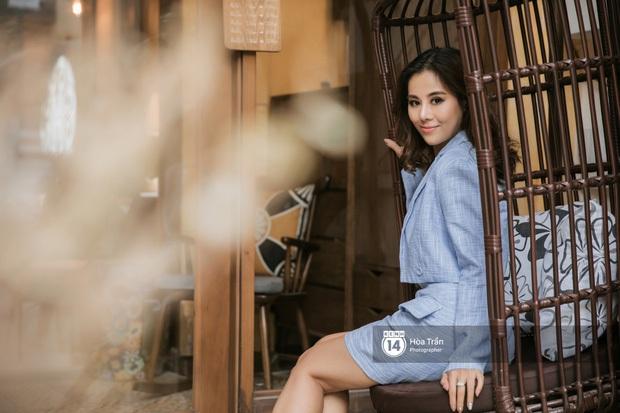 Nói về quảng cáo sản phẩm trong phim: Huỳnh Lập nhấn mạnh phải tinh tế và duyên dáng, Nam Thư thừa nhận từng khiến khán giả khó chịu - Ảnh 2.