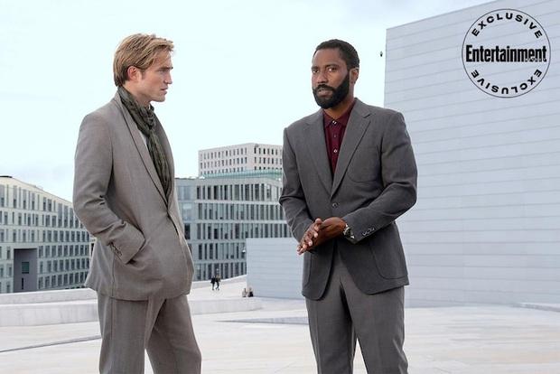 Trailer cực nóng TENET: Ngôi sao BlacKkKlansman rủ Người Dơi Robert Pattinson đảo ngược thời gian, ngăn chặn Thế chiến thứ 3 - Ảnh 4.