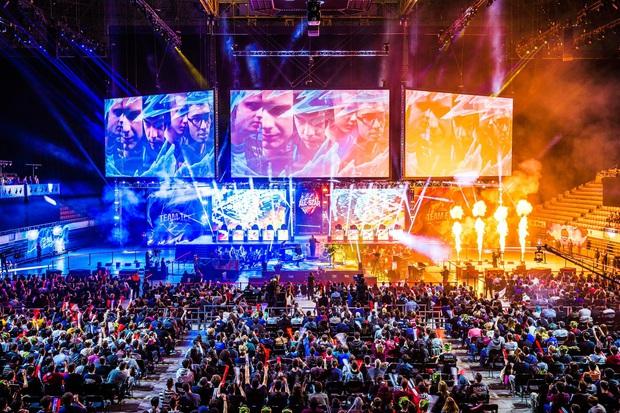 Esports đang chứng minh sức hút cực khủng với những giải đấu siêu to khổng lồ, tiền thưởng lên đến hàng nghìn tỷ đồng - Ảnh 4.