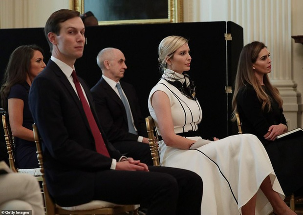Từng bị chê ăn mặc phản cảm và thân hình tăng cân quá đà, Ivanka Trump mới đây gây bất ngờ với diện mạo lột xác - Ảnh 5.