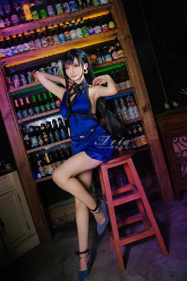 Chiêm ngưỡng bộ ảnh cosplay Tifa phong cách quý cô quầy rượu, nhìn sương sương cũng đủ say men - Ảnh 12.