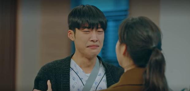 Tập 12 Quân Vương Bất Diệt trả bài cực hot cảnh giường chiếu của Lee Min Ho: Hết hôn cổ tới luôn bước hạ sinh thái tử? - Ảnh 9.