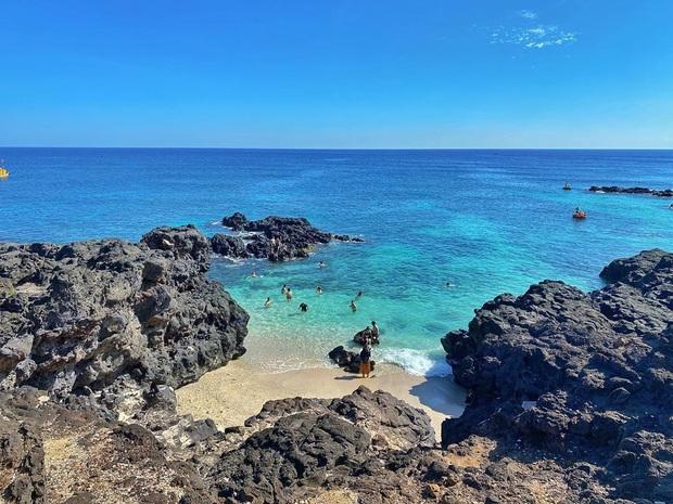 """5 thiên đường biển được mệnh danh """"tiểu Maldives"""" của Việt Nam: Chỗ nào cũng có làn nước xanh trong vắt, hè này phải check-in liền thôi! - Ảnh 15."""