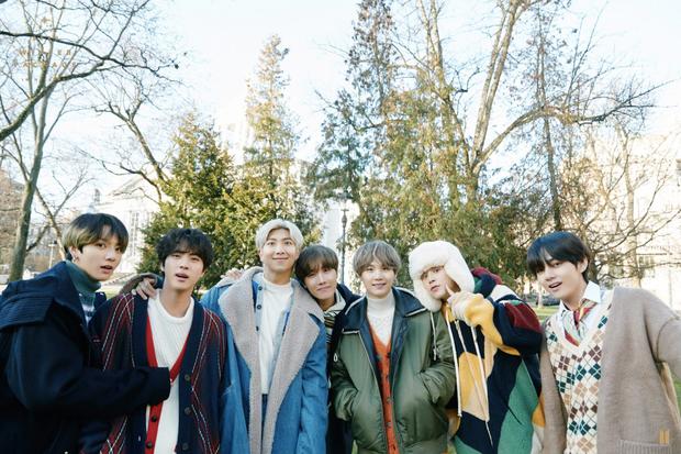 Top 30 nhóm nhạc hot nhất hiện nay: BTS vẫn giữ ngôi vương sau scandal, nhóm nữ kém nổi bỗng dưng vượt mặt EXO, BLACKPINK trở thành á quân - Ảnh 1.