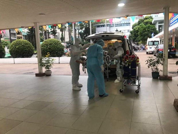 Bệnh viện Chợ Rẫy sẽ huy động tối đa nguồn lực, thiết bị để cứu chữa nam phi công người Anh - Ảnh 1.