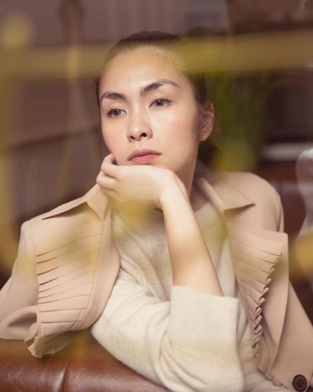 Style đối lập của 2 mẹ bỉm sữa Hà Tăng – Lan Khuê: Người bạo liệt hết cỡ, người kín đáo nhưng vẫn chất - Ảnh 1.