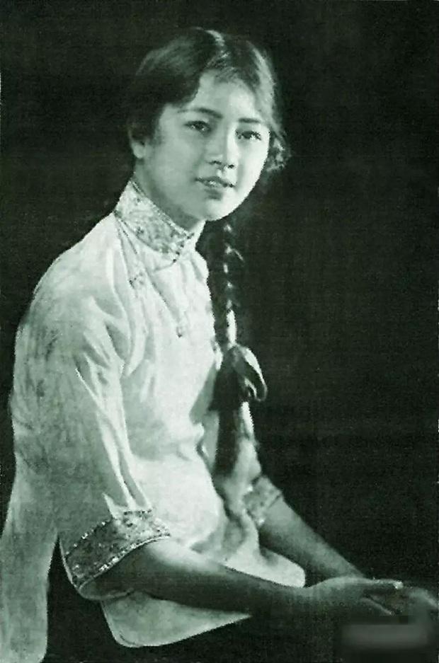 Ngũ đại tài nữ thời Trung Hoa Dân Quốc rốt cuộc xinh đẹp đến nhường nào mà từ những tấm ảnh cũ đã có thể nhận ra nét quyến rũ của họ? - Ảnh 3.