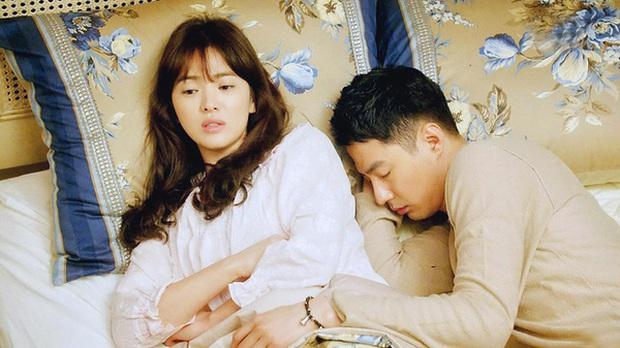 Sự thật thông tin Song Hye Kyo yêu đơn phương Jo In Sung - người anh em thân thiết của chồng cũ Song Joong Ki, thậm chí mời đi ăn tối nhưng bị từ chối - Ảnh 5.
