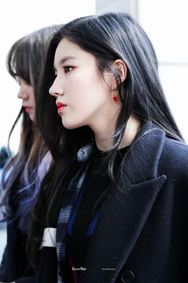 7 nữ idol có sống mũi đẹp nhất Kpop: 2 nữ thần Irene - Nancy cạnh tranh gay gắt, bất ngờ nhất là idol debut gần 10 năm - Ảnh 18.